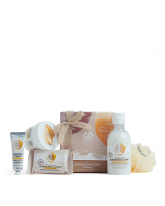 Soothing Almond Milk & Honey Pampering Essentials 2020